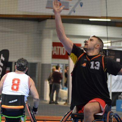 basket en fauteuil roulant
